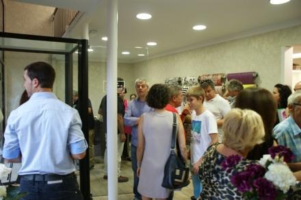 inauguración tienda papel pintado barcelona