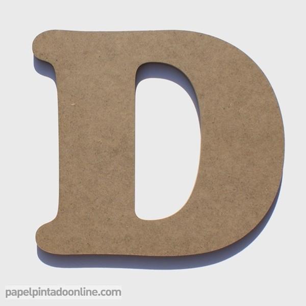 Letra de Madera D 20cm