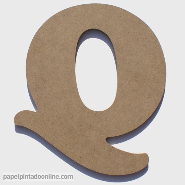 Letra de Madera Q 20cm